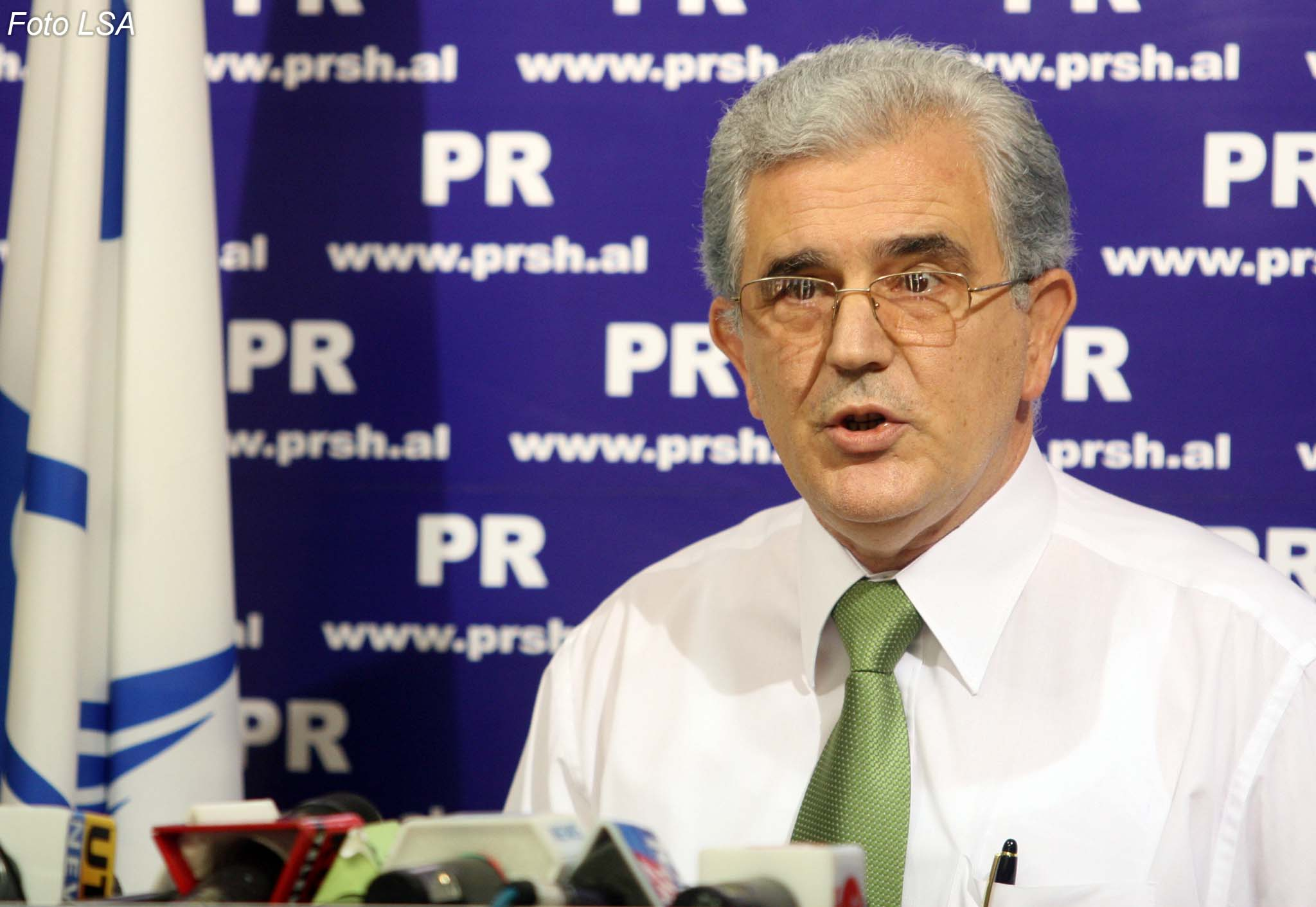 IBNA interview with opposition representative in Albania