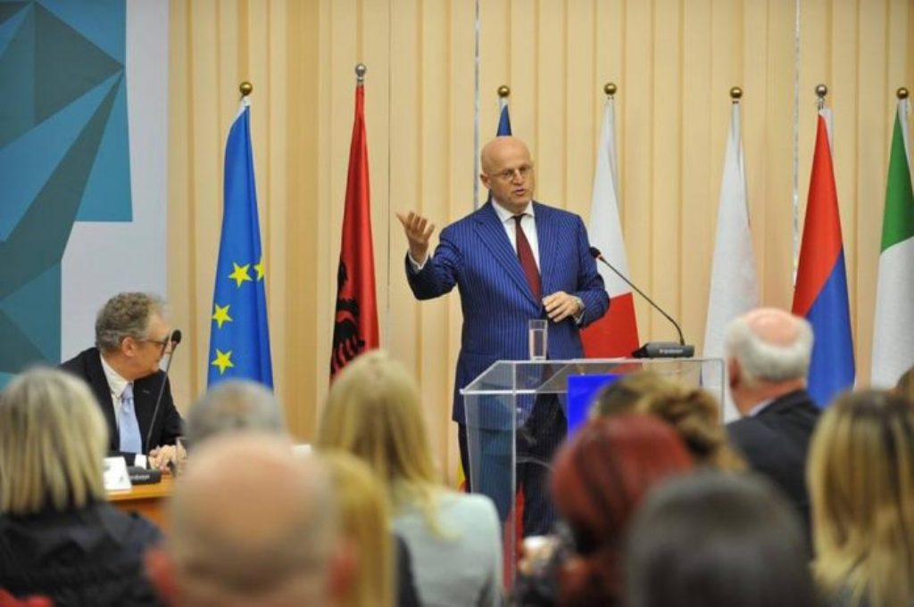 Dutch minister says that Albania is on the right path