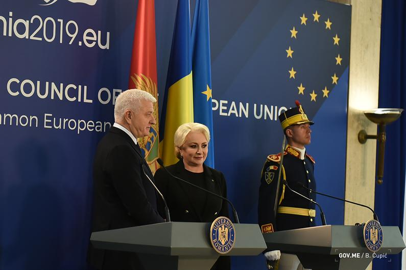 Montenegro PM Marković on an official visit to Romania