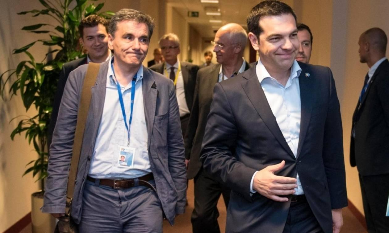 Tsipras extends new invitation to Mitsotakis for a debate, in view of tax relief measures