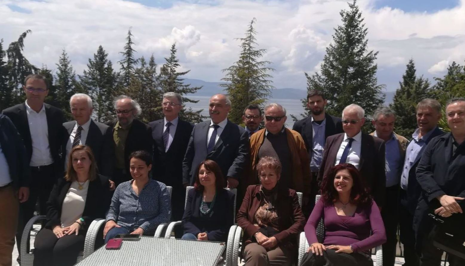 Macedonian and Greek experts in Ohrid to discuss issues of history, education and archeology.