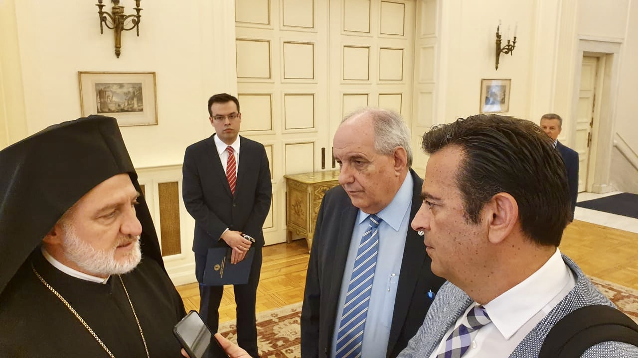 The new Archbishop of America has meeting with the leadership of the Greek FM