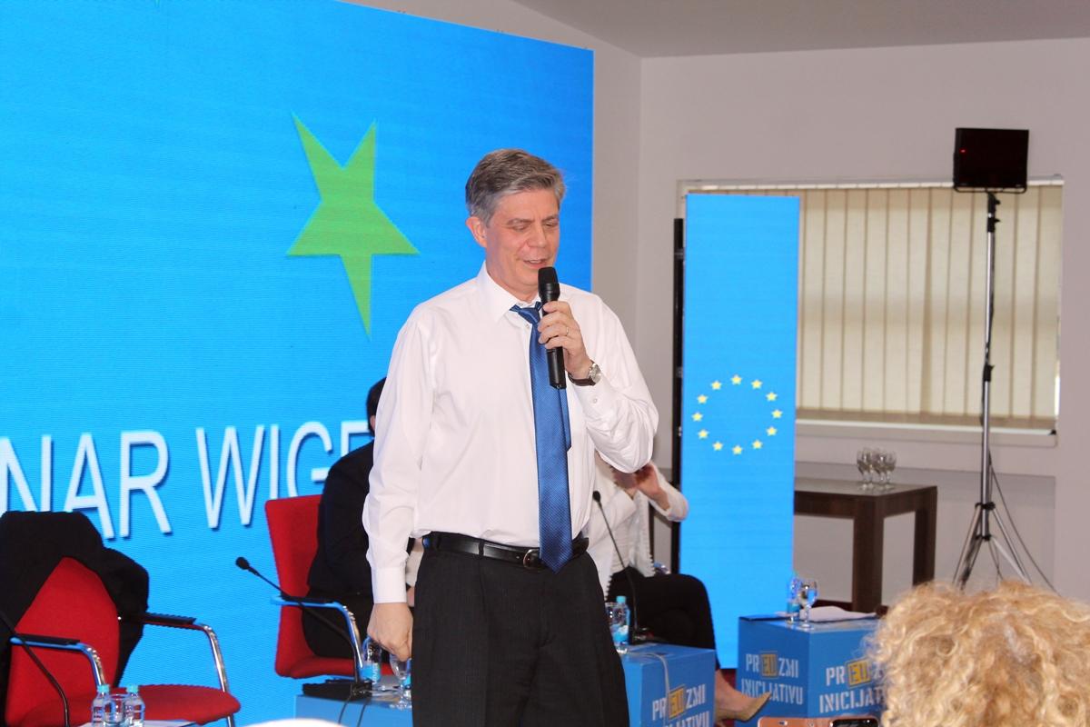 Wigemark: No authorities, no progress