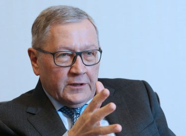 Regling sends message to the next Greek government