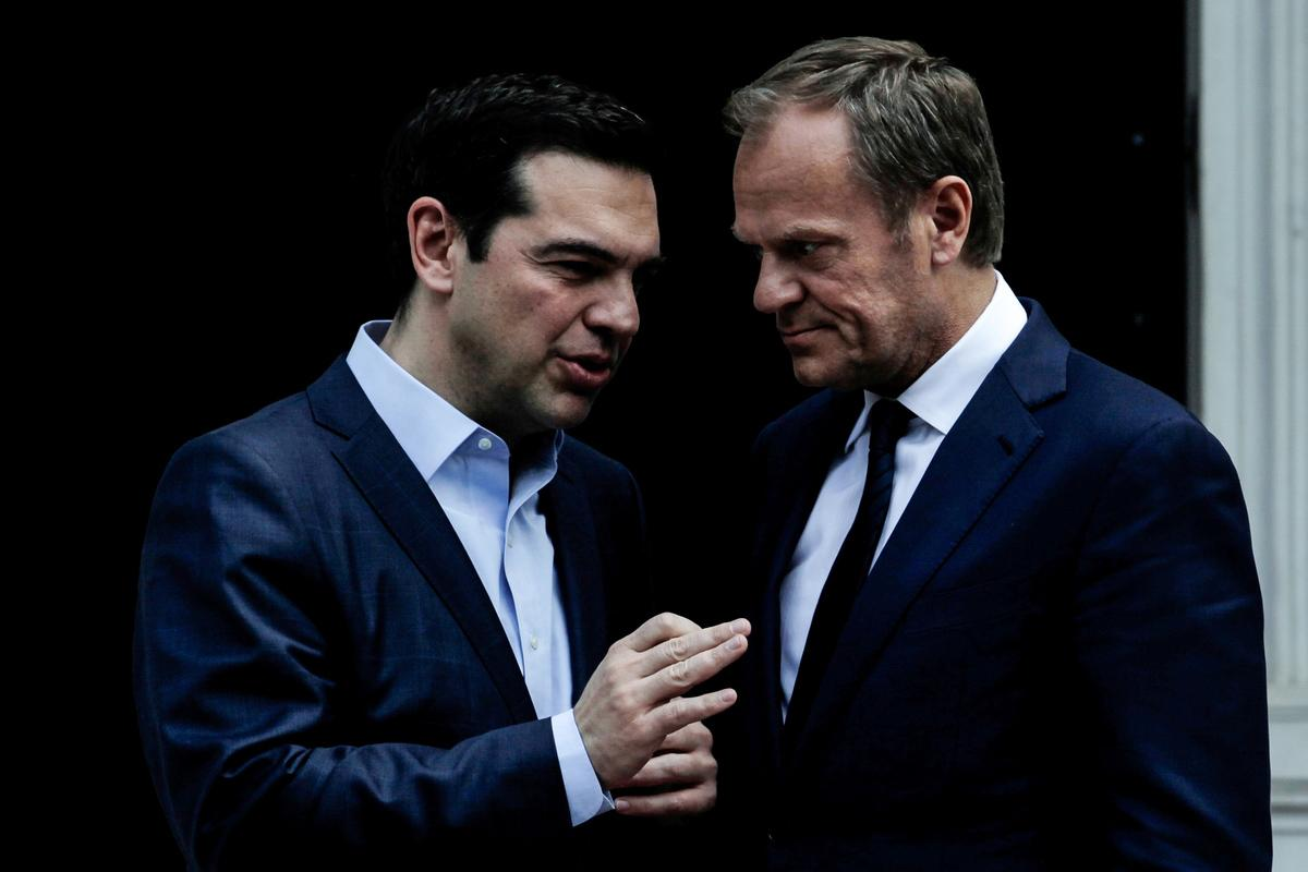 Tsipras talks with Tusk about the Turkish provocations in view of the upcoming Council