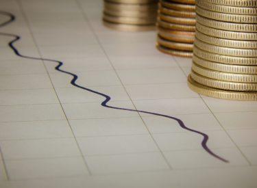 Greek bond rally pushing economy towards further milestones