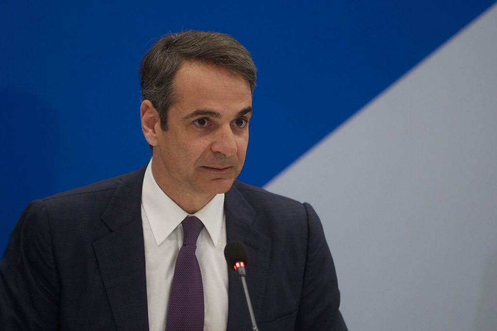 Mitsotakis to give instructions to Ministers and Deputy Ministers in first Cabinet meeting