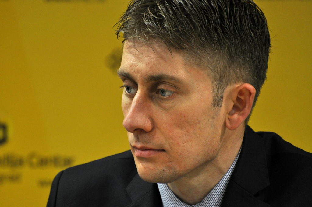 Serbian ruling party labels poll researchers as fascists