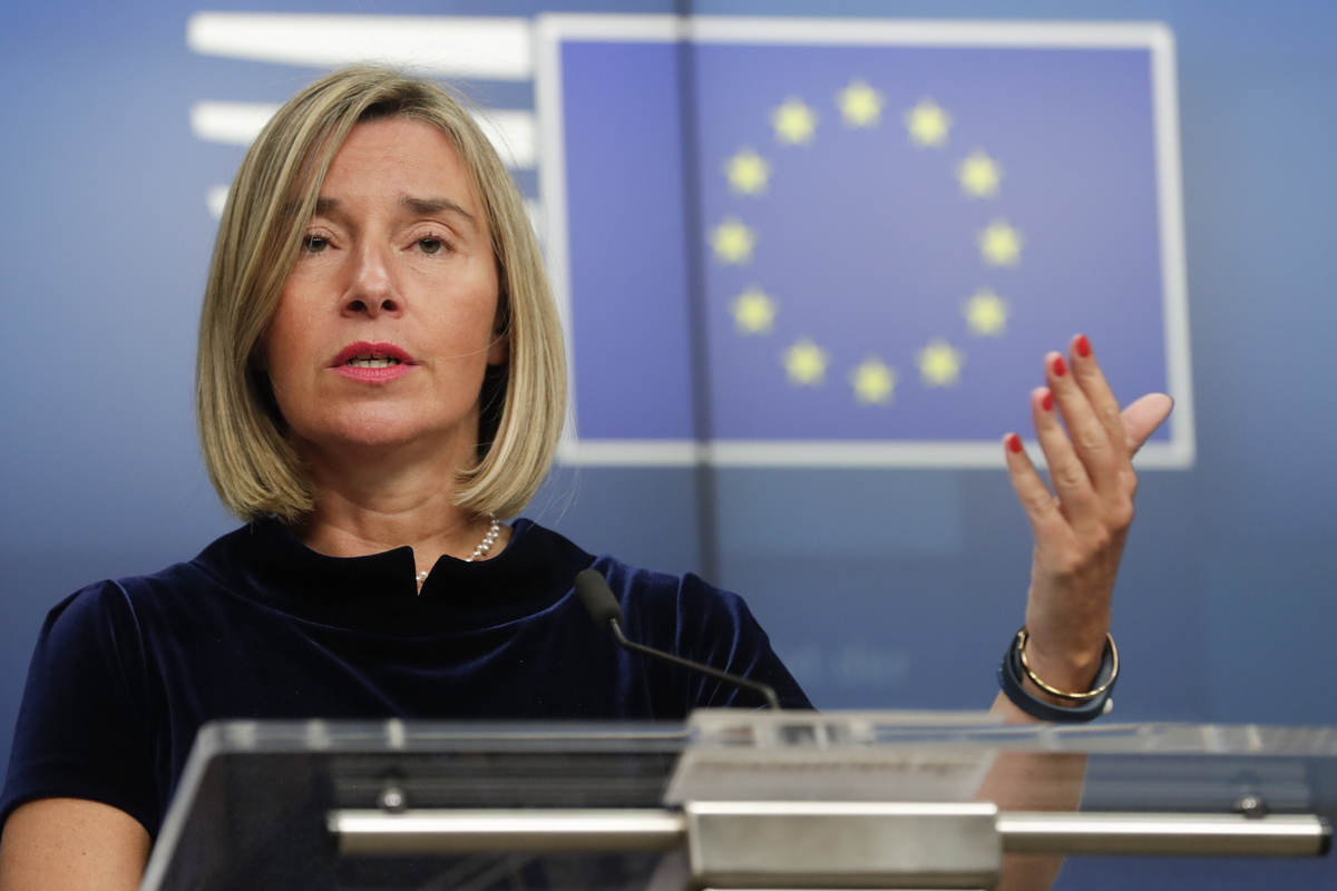 Mogherini – Cavusoglu speak on the phone about the Cypriot EEZ
