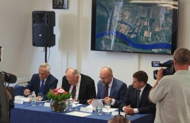 BiH, Croatia sign the contract for the construction of the bridge over the River Sava