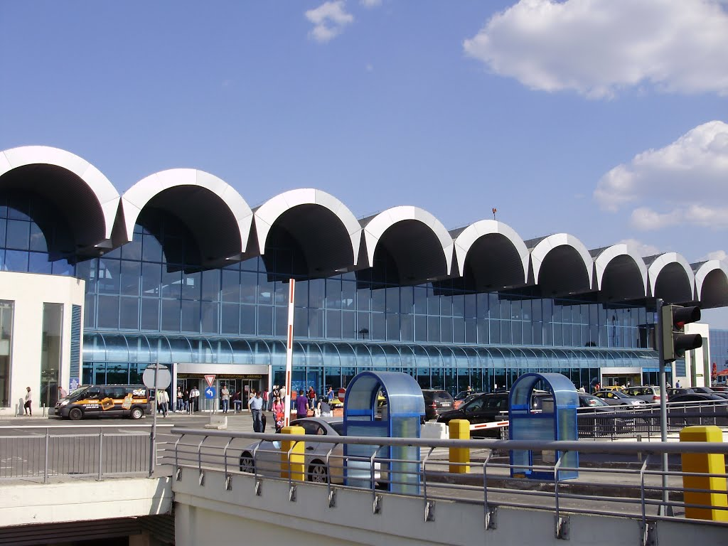 Passenger traffic at Otopeni Airport up 7.9% in first 5 months of 2019