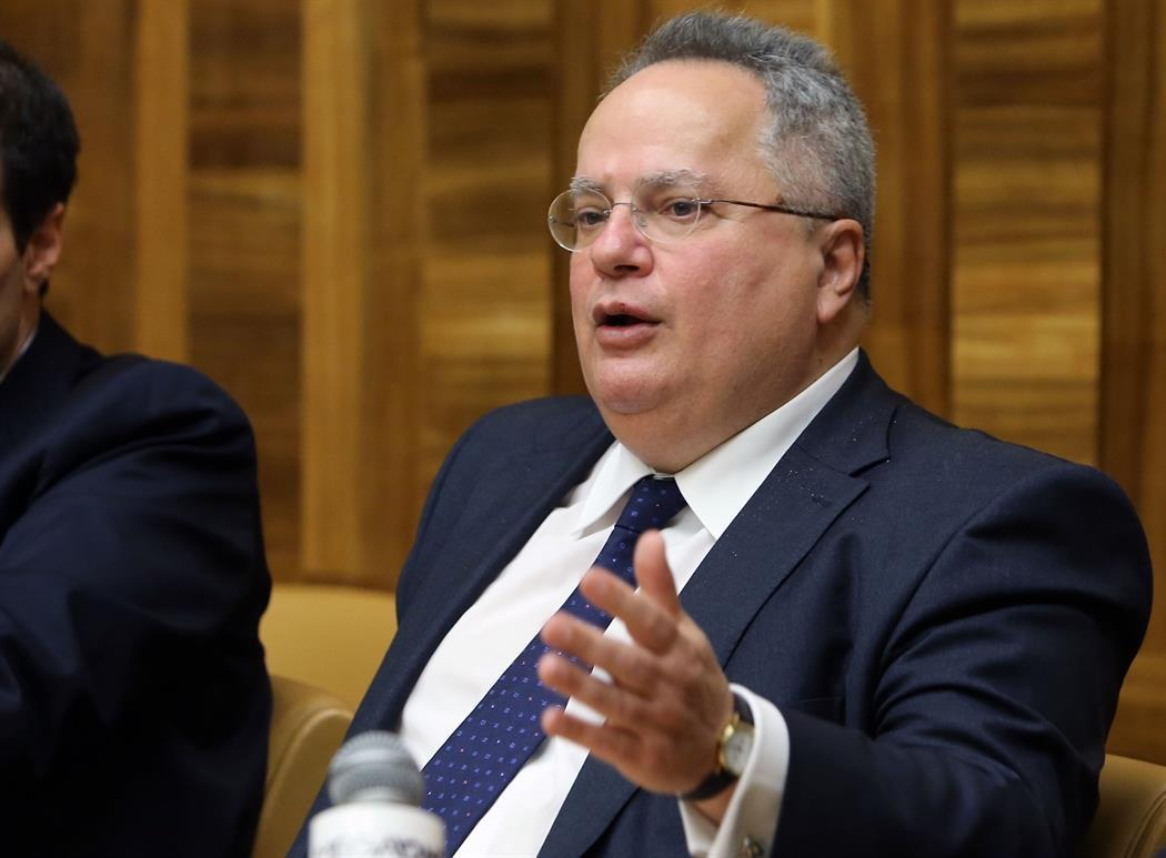 Nikos Kotzias denounces political persecutions in the Foreign Ministry, with references to SYRIZA