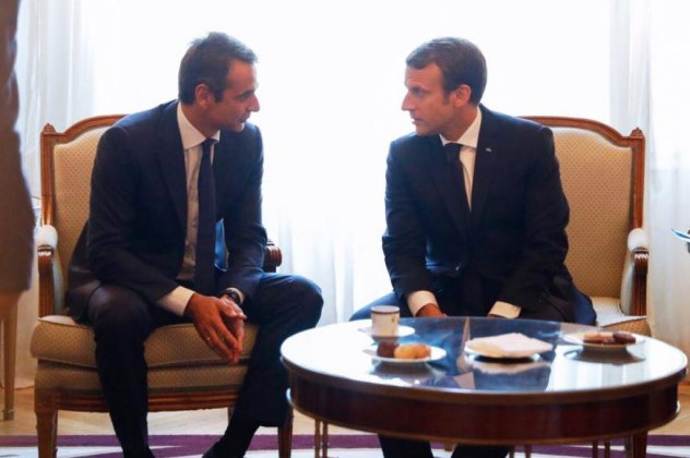 Mitsotakis' contacts with foreign leaders start from Paris