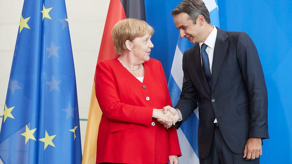 Mitsotakis, Merkel meeting emphasizes economic cooperation