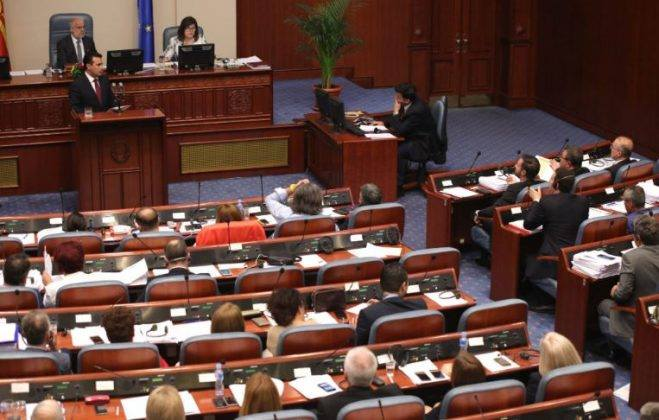The government elects new ministers, the opposition insists early elections