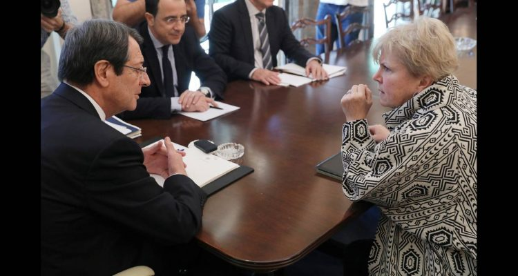 Anastasiades receives letter from Lute