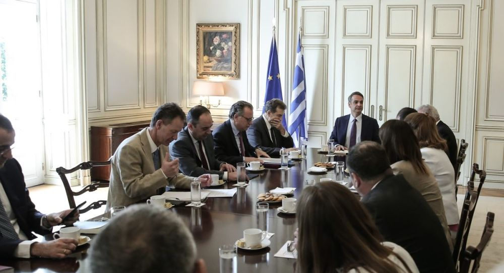 Meetings upon meetings regarding the migrant issue in Maximos Mansion