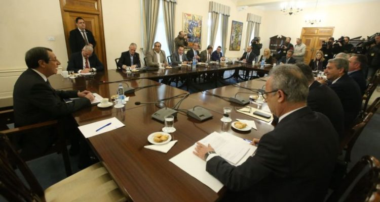 Discussions between Anastasiades and political leaders focus on large-scale reforms