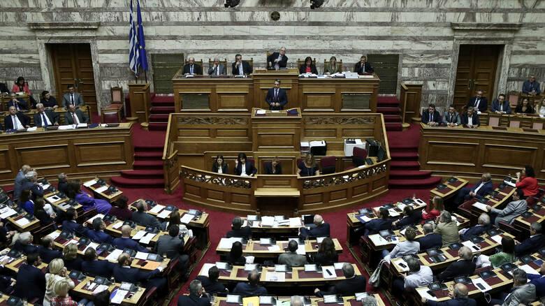 Parliament approves new asylum laws