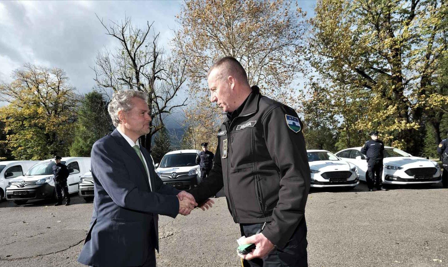 EU calls for the immediate closure of the Vučijak camp