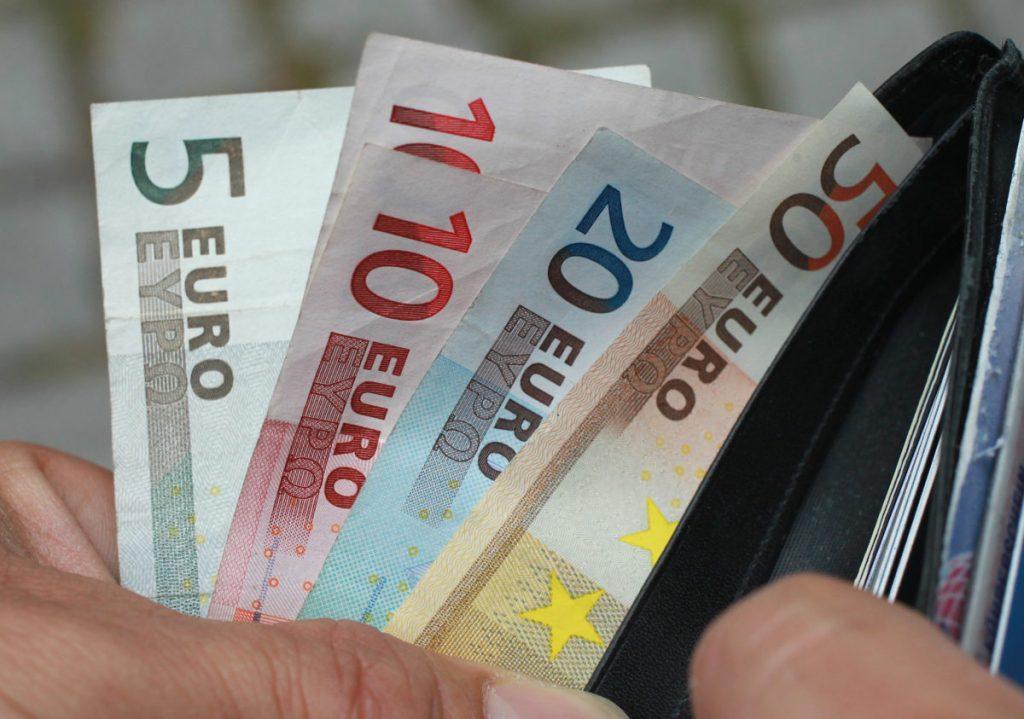 Social dividend undergoes curtailment