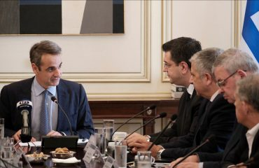 Kyriakos Mitsotakis trapped in the refugee issue