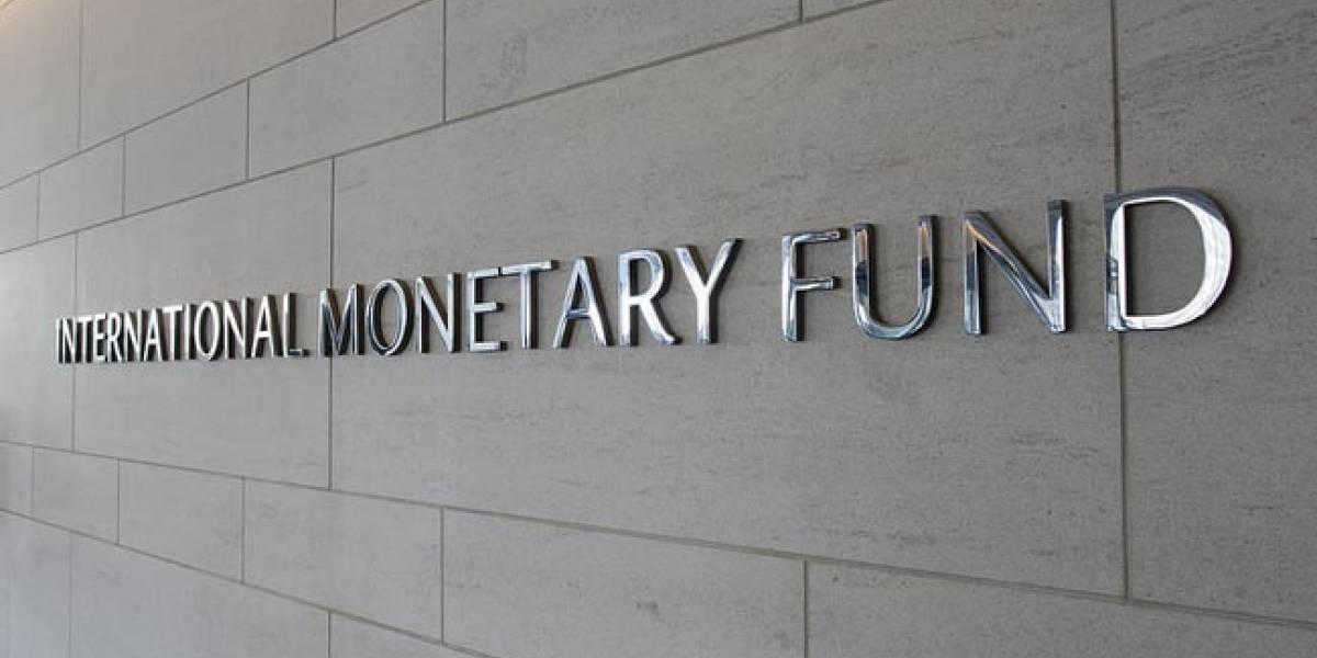 IMF criticizes progressive salaries, pensions and tax