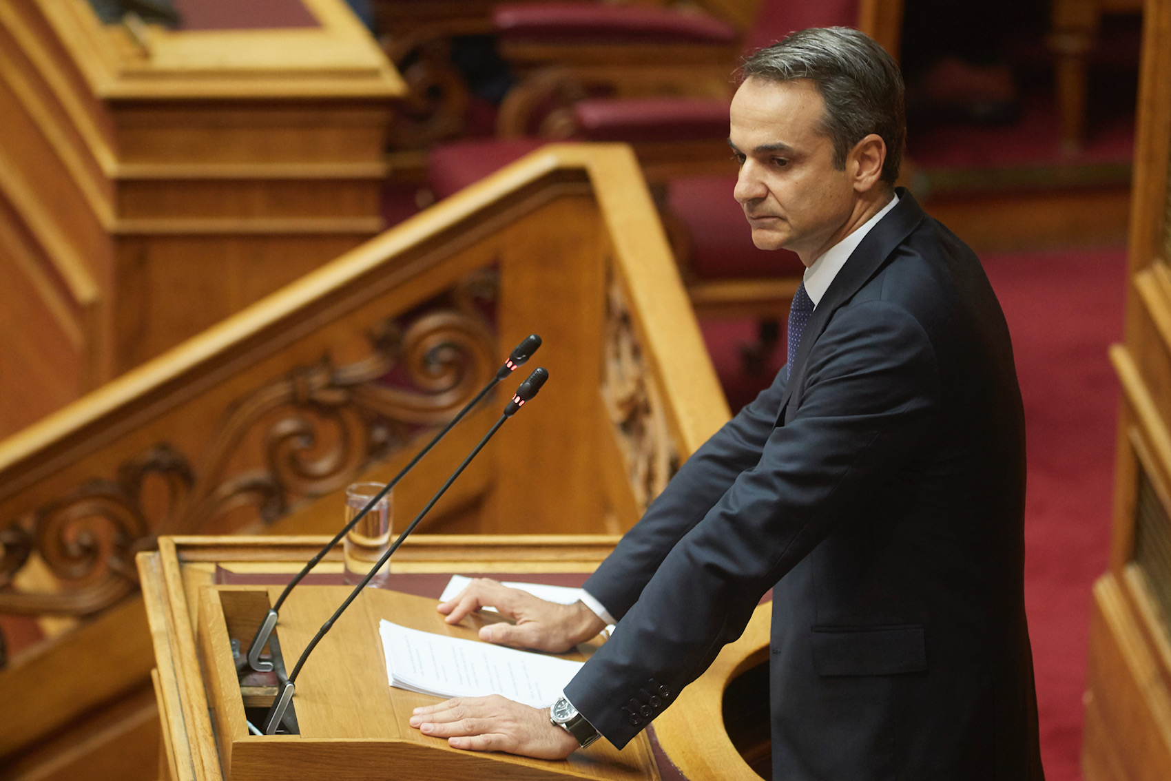 Mitsotakis goes after SYRIZA and Financial Times