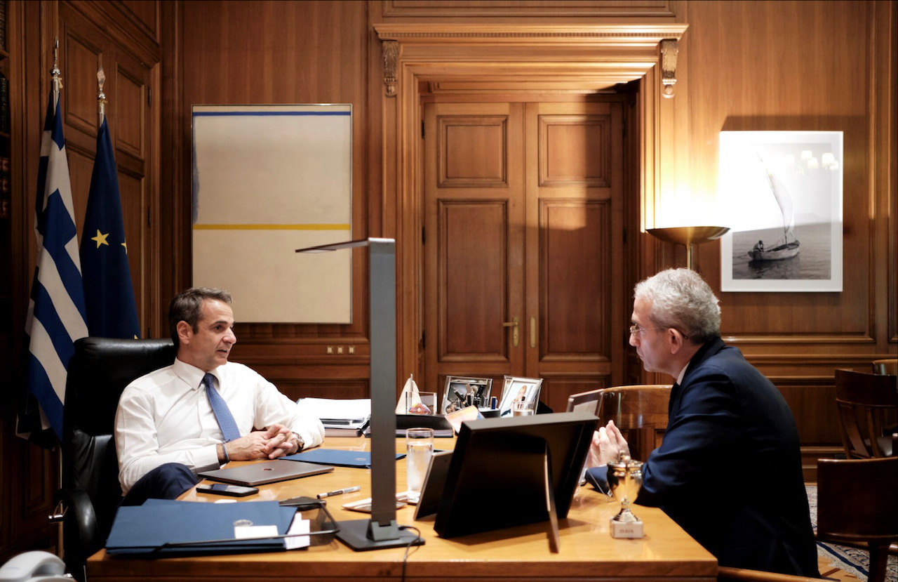 Mitsotakis: Tax relief measures after the reduction of surpluses