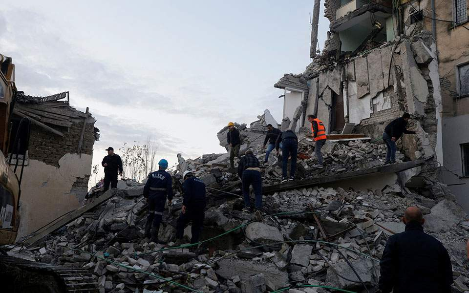 Albania: Earthquake leaves 50 people dead as searches come to an end