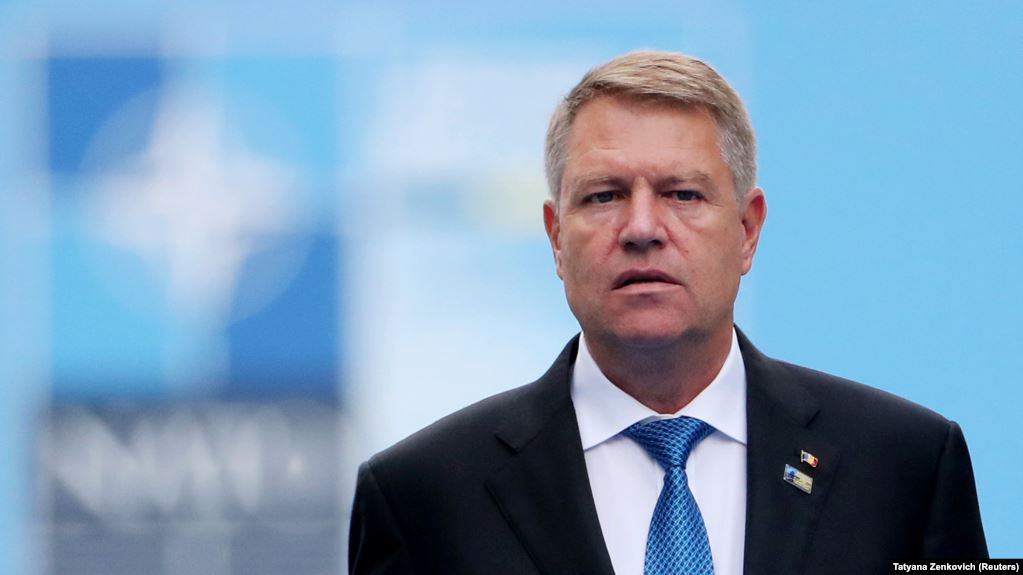Klaus Iohannis heads to London for the NATO Summit