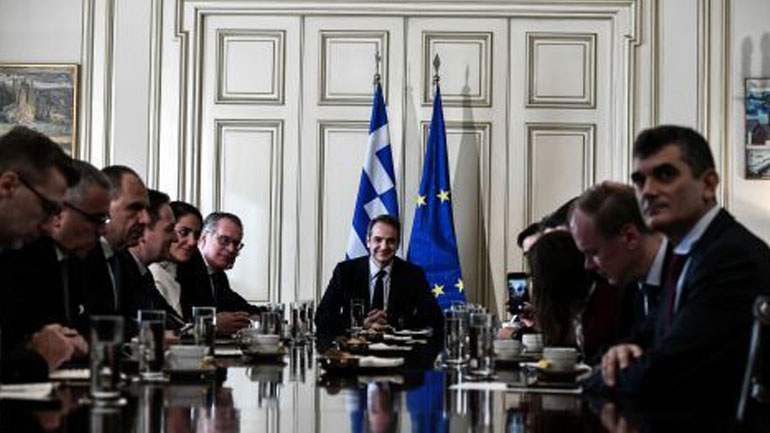 The refugee-migration issue at the focus of the Mitsotakis, Schinas, Johansson meeting