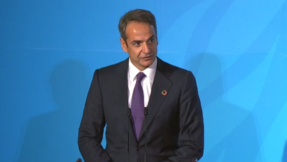 Mitsotakis on lack of transparency and corruption with no mention of the police-crackdown orgy
