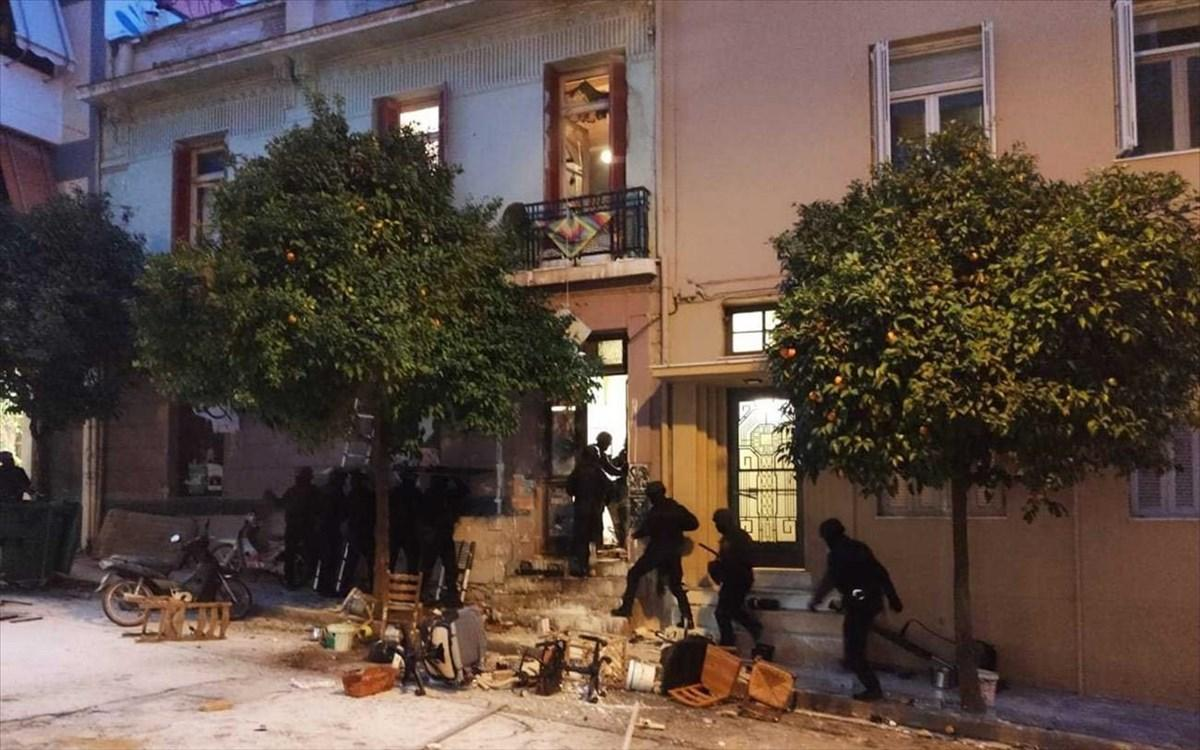 Police brutality in Athens continues