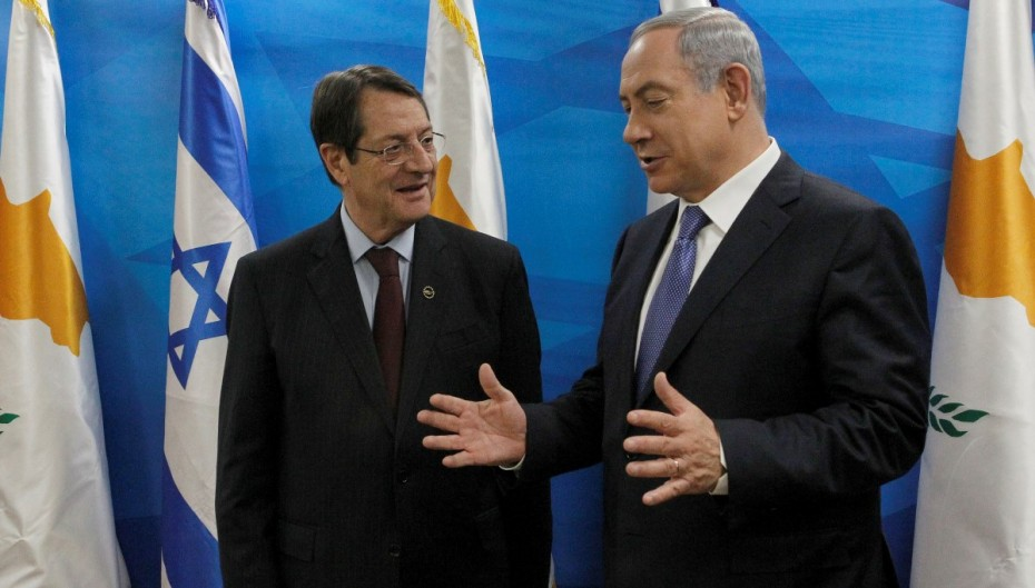 Anastasiades speaks with Netanyahu, Saad Hariri and Mitsotakis over the phone