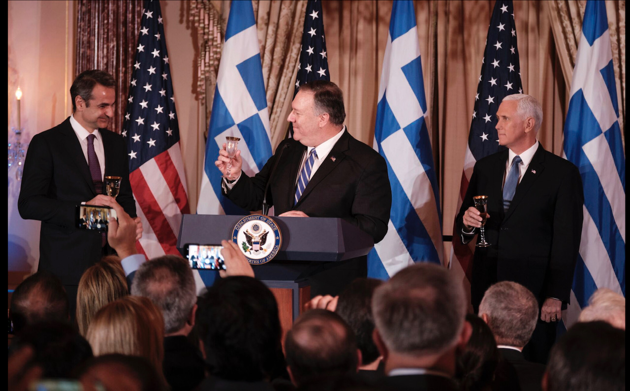 Mitsotakis takes positive messages from Pence, Pompeo talks