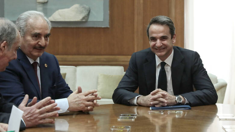 Mitsotakis And Haftar discussed the situation in Libya