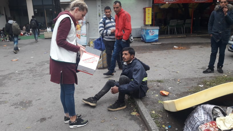 Red Cross: About 3 000 migrants are under open air in BiH