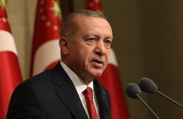 """Trump speaks on the phone with Erdogan on the Greek-Turkish relations: """"Mend fences!"""""""