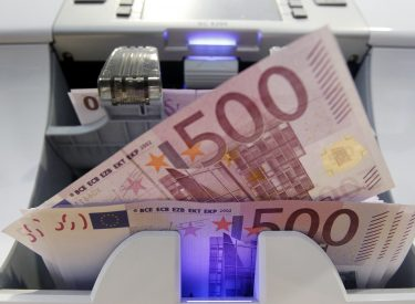 Greek Bank deposits steadily on a rise