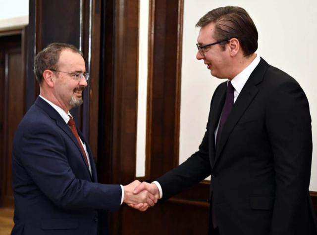 Serbia: Vucic meets Godfrey