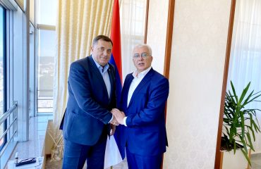 Dodik met with Montenegrin opposition MP Andrija Mandić in Banja Luka