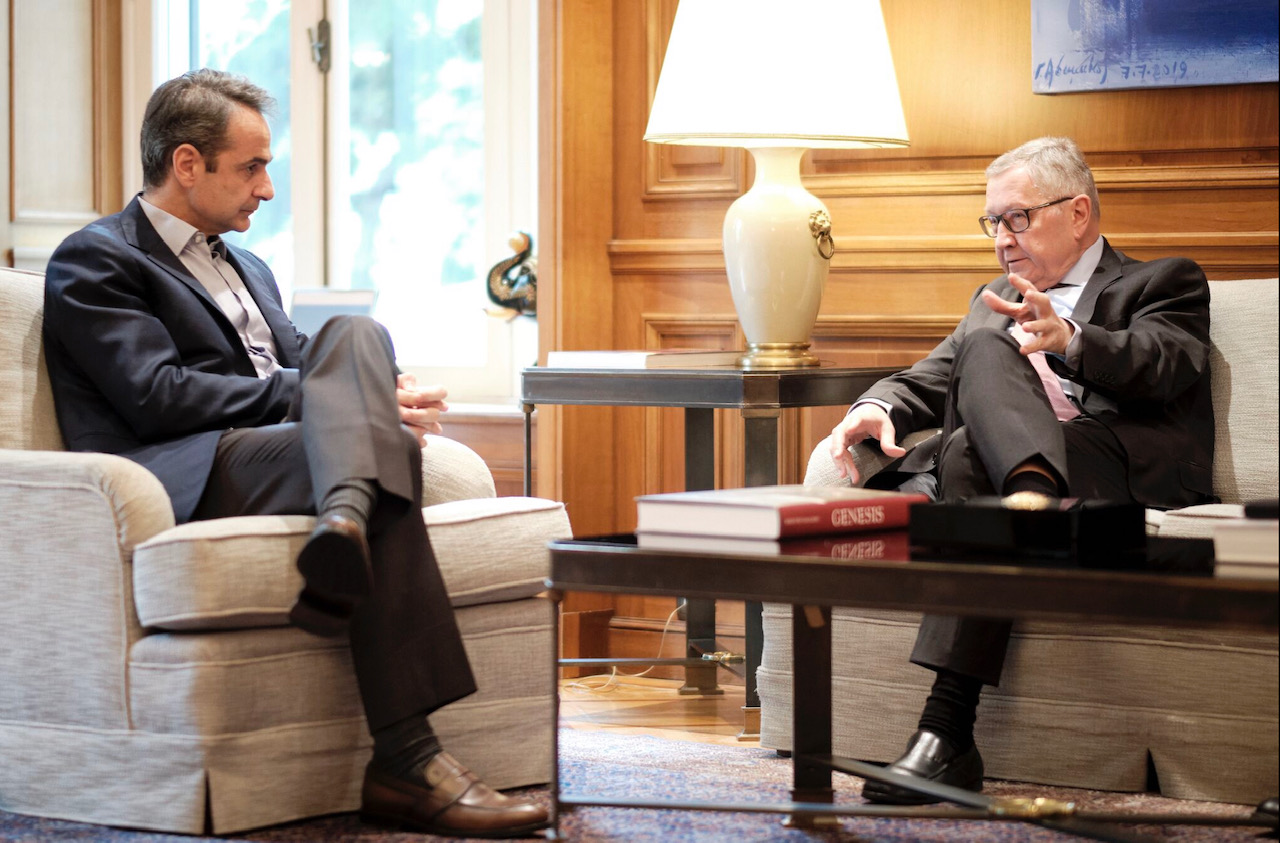Greece: Mitsotakis met with Regling