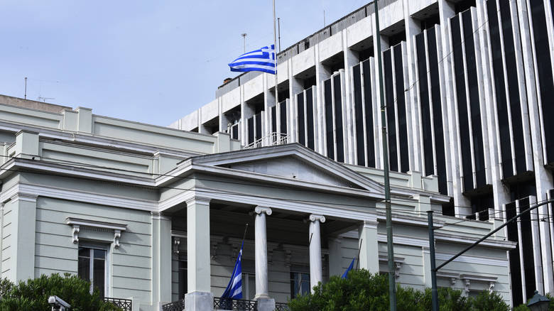 Greece reacts to the new Albanian law on property