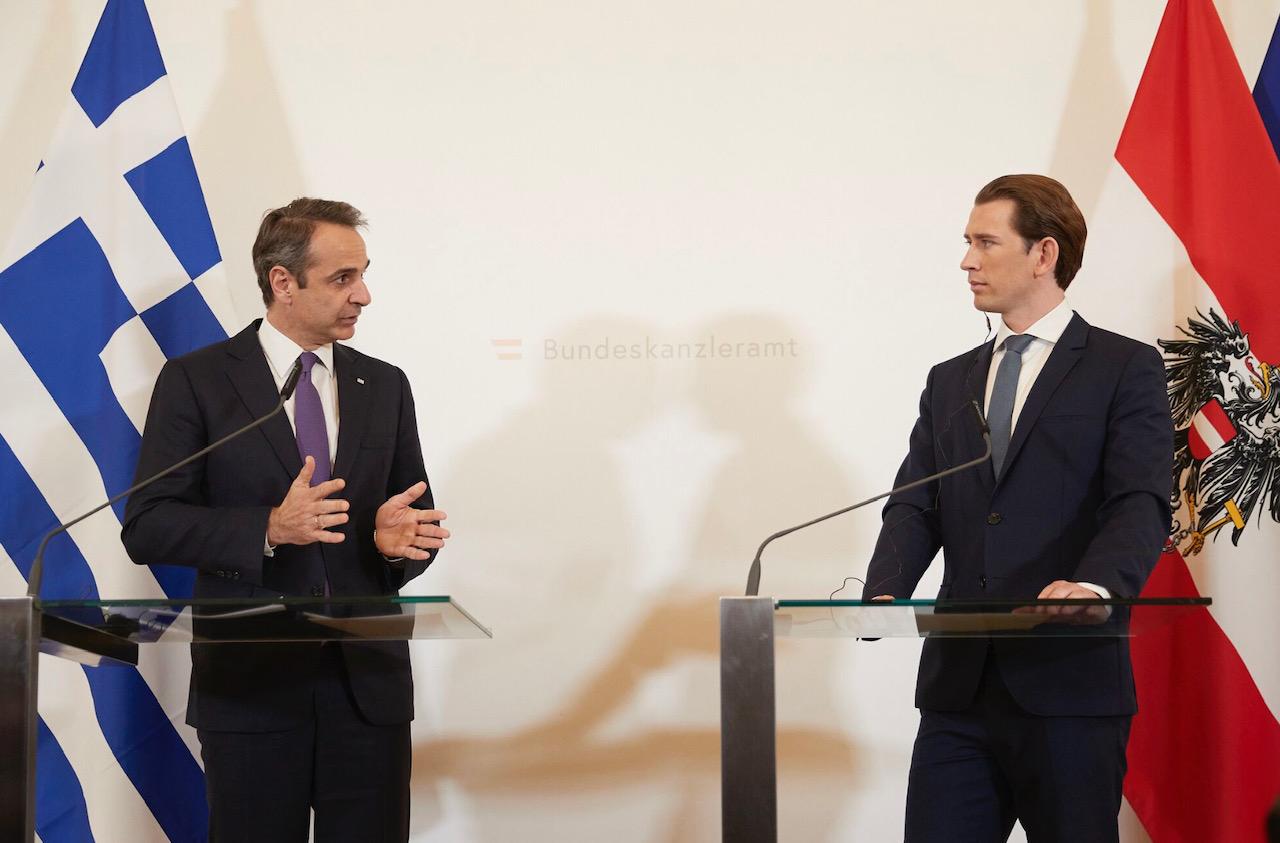 Greece: After Merkel, Mitsotakis meets with Austrian Chancellor