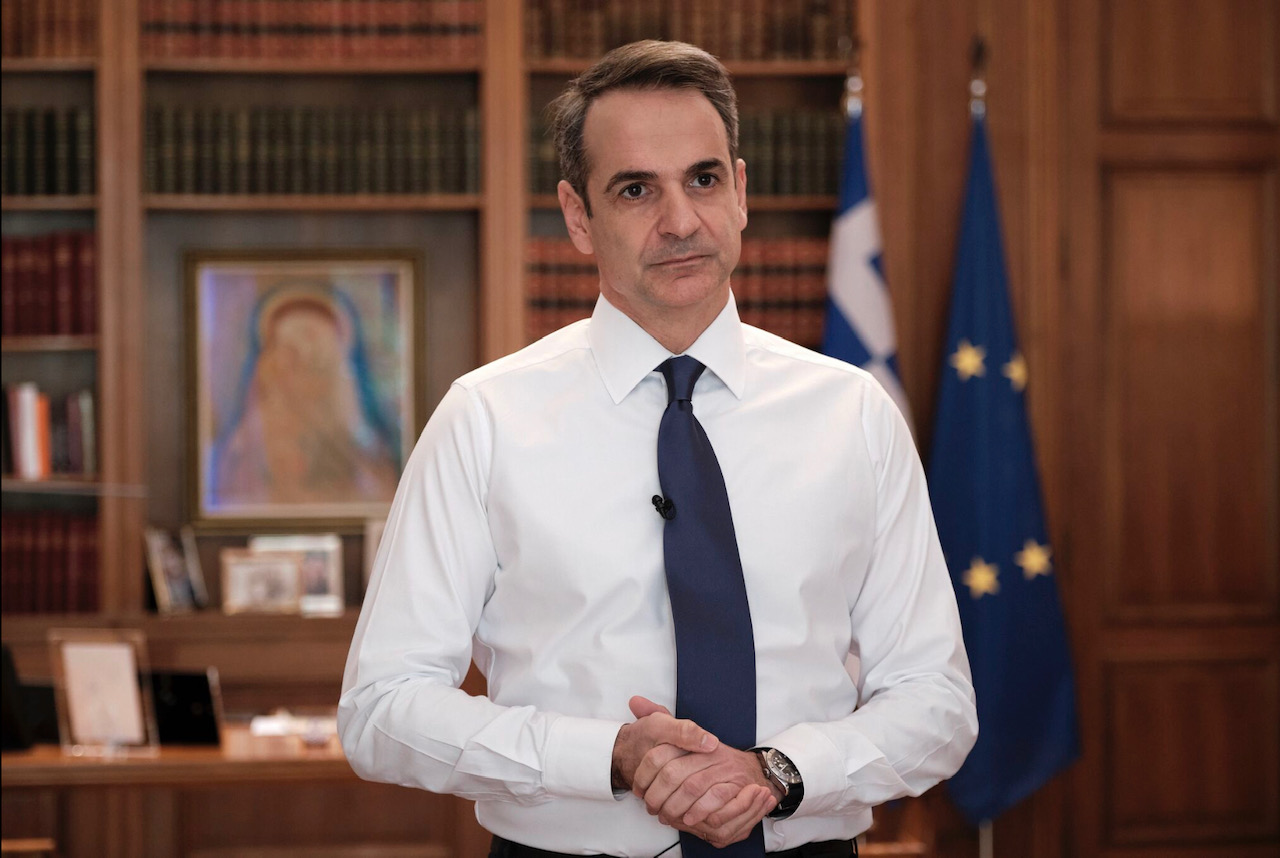 "Mitsotakis: ""We are at war""; 2 billion euros to counter COVID-19 effect"