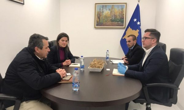 Kosovo: Minister of Agriculture holds meetings to discuss wheat and flour availability