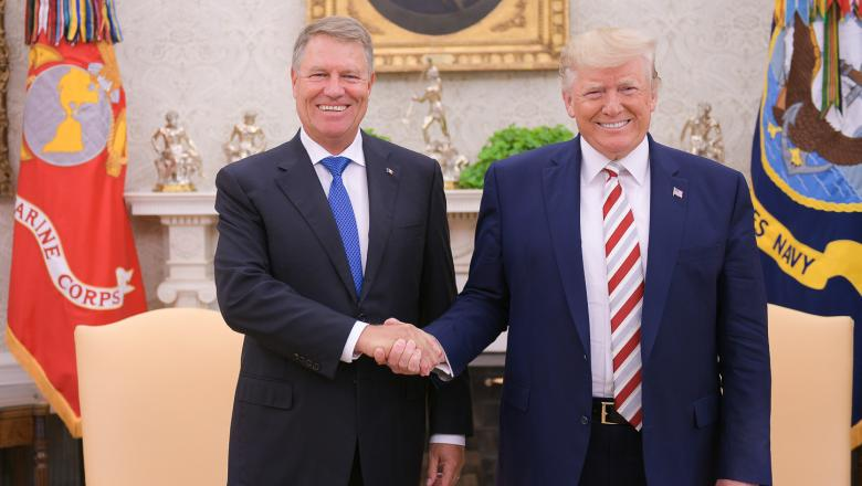 Romania: Klaus Iohannis and Donald Trump speak over the phone