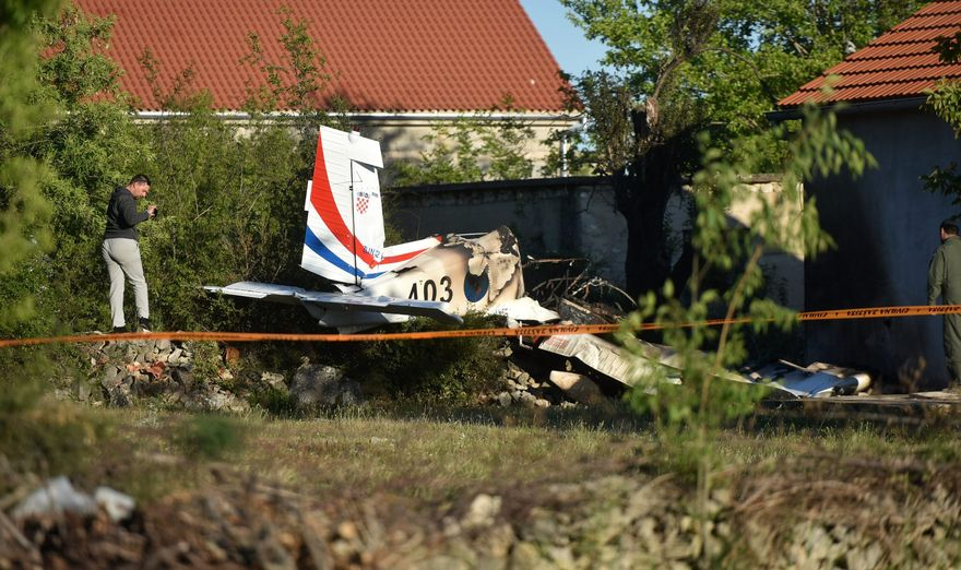 Croatia: Defence minister resigns over plane crash, meeting with PM today