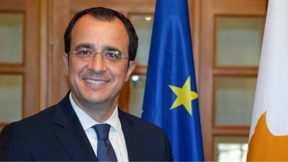 Cyprus: Christodoulides contacts Lavrov and Raab over the phone